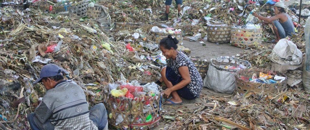 Tagblatt-Leserreise Indonesien 2014_Recycling Projekt