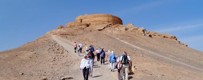 cotravel Reise Iran_Blog Michael Wrase_Zoroastrische Türme des Schweigens Yazd
