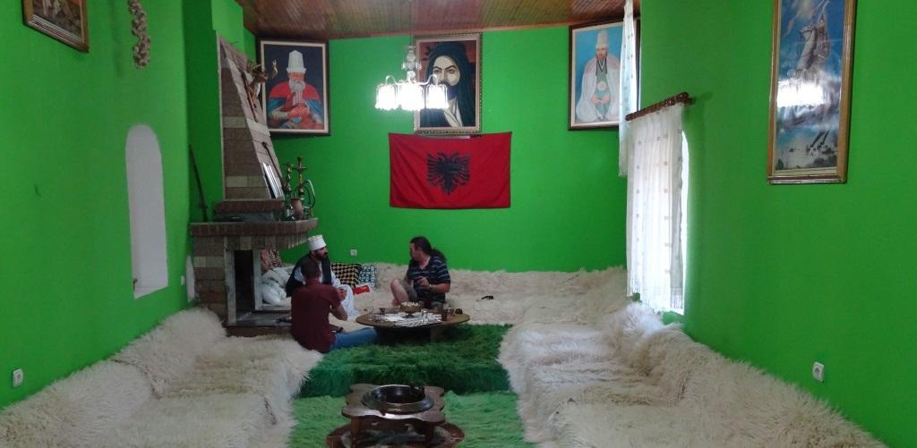 Tagblatt cotravel Reise_Albanien_Bektaschi Tekke
