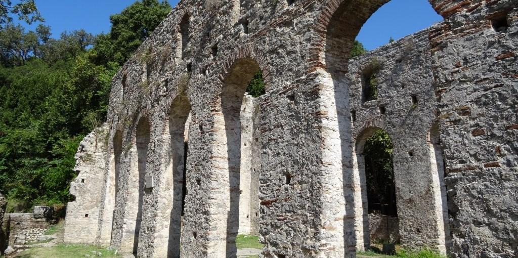Tagblatt cotravel Reise_Albanien_Butrint antike Mauern