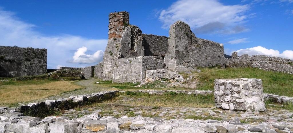 Tagblatt cotravel Reise_Albanien_Shkodër Shkodra Rozafa Burg