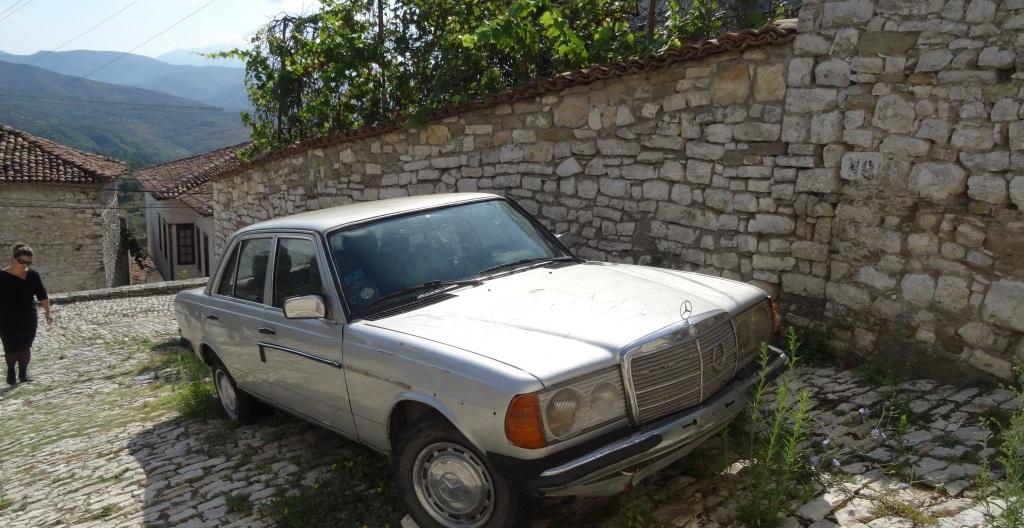 Tagblatt cotravel Reise_Albanien_alter Mercedes