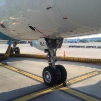 cotravel Stammtisch_Führung Flughafen Zürich_Flugzeug Parkieren Tarmac