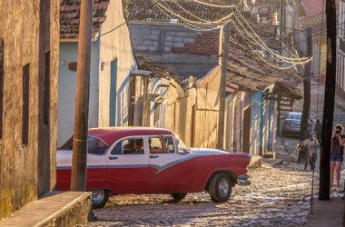 Studienreise-Kuba-Oldtimer-Trinidad
